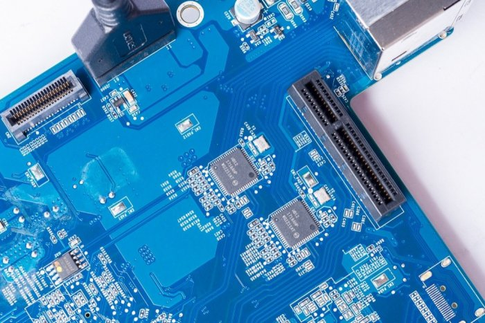 SynologyDS918_2006.thumb.jpg.876fc16a5b293cc65427ff8ef749ed0d.jpg